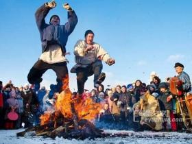 〖趣闻〗俄罗斯谢肉节 要烧千奇百怪的稻草人