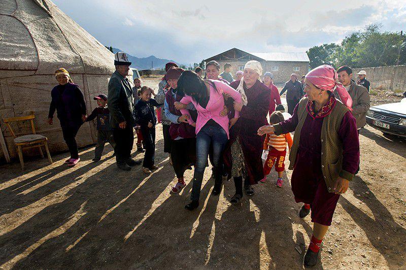 吉尔吉斯坦抢新娘14