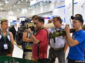 美女与兵器,直击白俄罗斯2014年明斯克国际武器展(二)