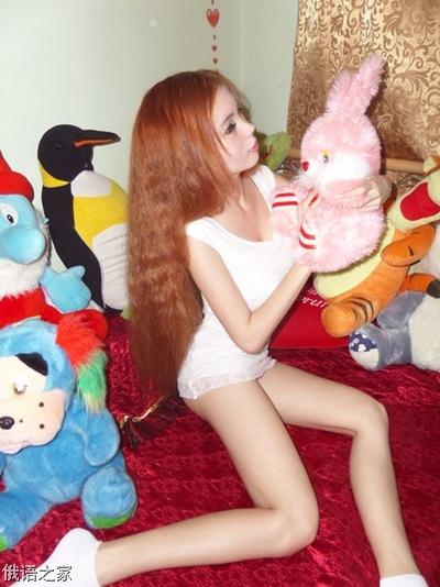 身材火辣!乌克兰又出新的真人版芭比娃娃了!
