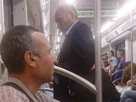 醉了!!莫斯科地铁上的各种趣事(40张)