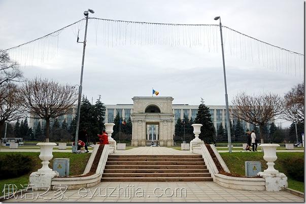 实拍摩尔多瓦首都-基希讷乌(12张)