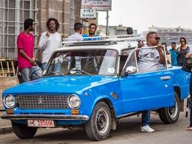 """俄罗斯拉达汽车依然""""风靡""""埃塞俄比亚"""