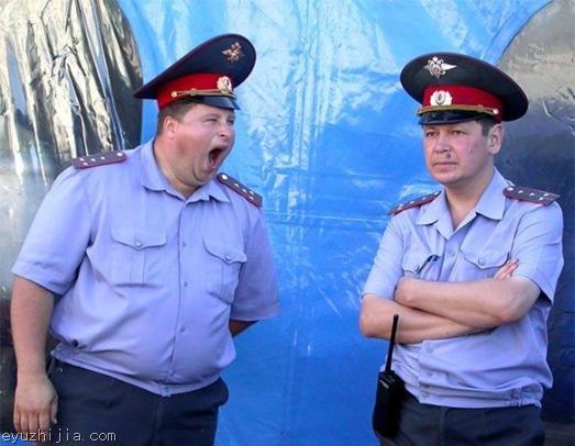真事!俄网友吐槽俄罗斯警察的众生相