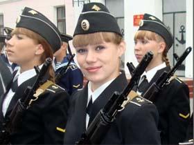vk.com网络上流传的漂亮 俄罗斯女兵(多图)
