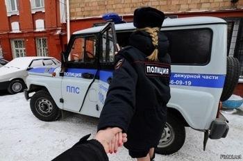 """台湾夫妇""""跟我来""""火了 俄罗斯网友更会玩  金正恩也怕老婆?"""