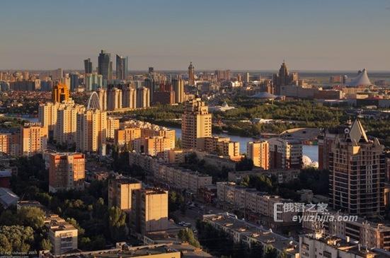 仅用10年 纳扎尔巴耶夫把阿斯塔纳从小城镇变成大首都