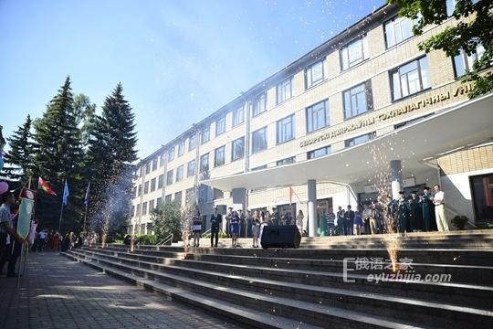 白俄罗斯国立工艺大学专业和院系