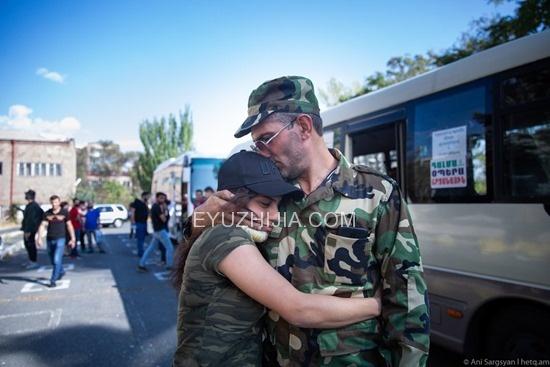 亚美尼亚和阿塞拜疆冲突阴影下的民众生活